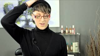 How to Roll Hair for a Perm on the Top of My Head : Perm Solutions