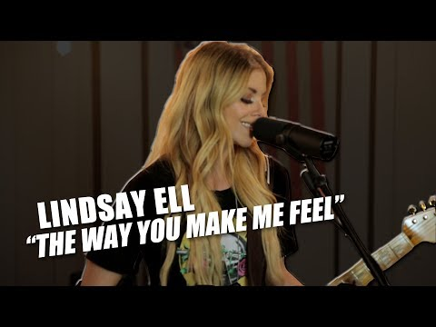 Lindsay Ell Proves Female Guitarists Can Do It Better