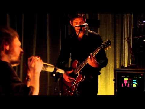Radiohead - Nude (Español Subs-HD) Live from Basement thumbnail