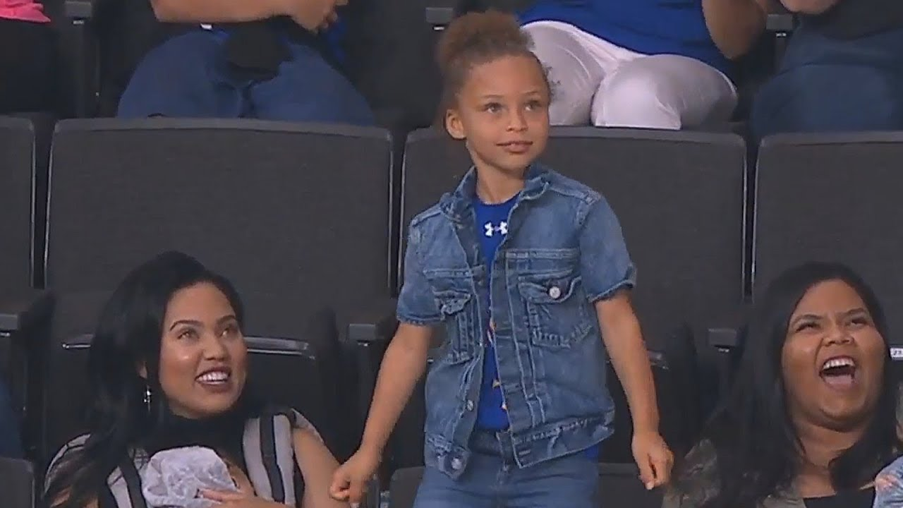 stephen-curry-s-daughter-riley-steals-the-show-with-dance-moves-lakers-vs-warriors