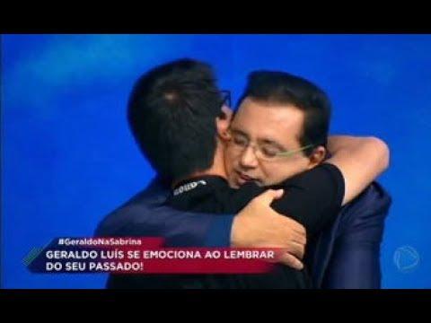 Geraldo Luís se emociona ao receber mensagem do filho no Programa da Sabrina
