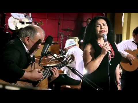 Inti-Illimani Histórico y Eva Ayllón - Valparaiso