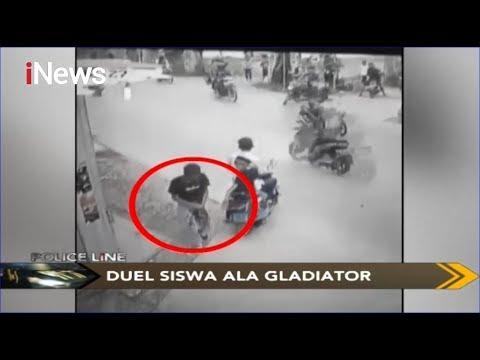 [Rekaman CCTV] Duet Ala Gladiator Pakai Sajam, Tangan Siswa SMK Di Bekasi Putus - Police Line 08/12