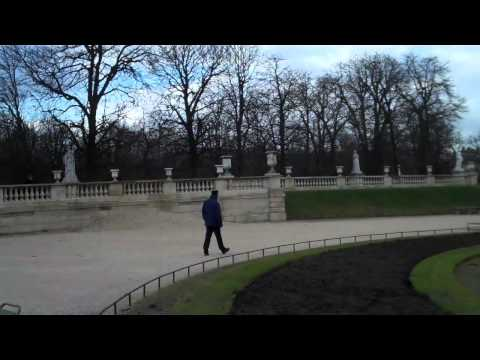 One-Minute Paris The Stillness of the Luxembourg Garden in Winter.mp4