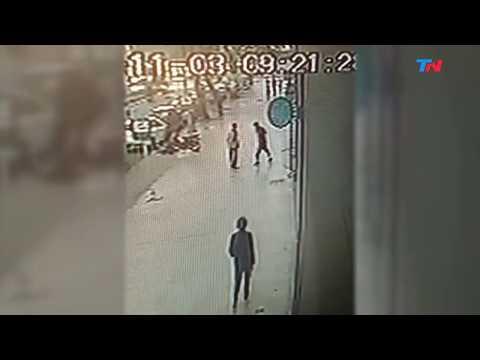 Lo mataron de una puñalada en el pecho a metros del Obelisco