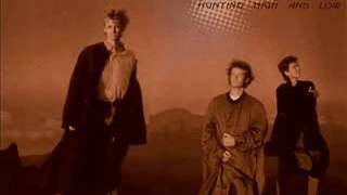 A ha Living a boys adventure tale   Live at Hammersmith Odeon 16 12 1986   YouTube