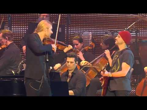 "Live from Hannover - David Garrett plays Viva la Vida from his new Album ""Music""!"