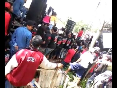 Gerry Mahesa sumpah setiaku - New Pallapa live tompe gunung sukolilo pati 2015