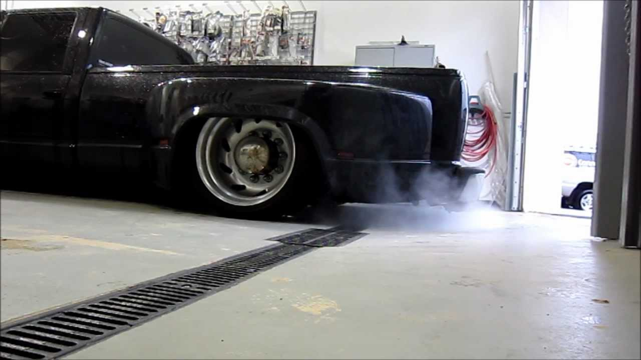 454 Chevy C/K Dually Pickup Pro-Flo Exhaust (Air Ride ...