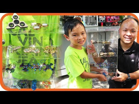 Fidget Spinner Toy Hunt at Shopping Mall #7, I Got 14 Free Spinners & Display Case - TigerBox HD