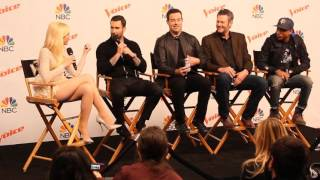 the voice 9 carson daly adam levine blake shelton pharrell and gwen stefani