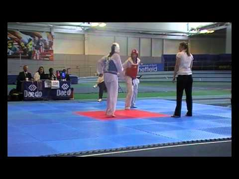 Stella Whitehead v Lauren Main-Robson Scorpion Cup...