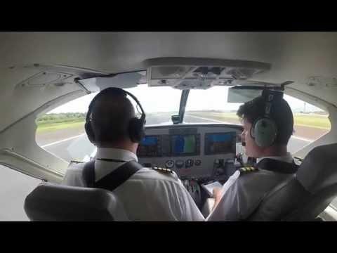 Island hopping in Hawaii! Mokulele Airlines Cessna Caravan flight OGG-KOA