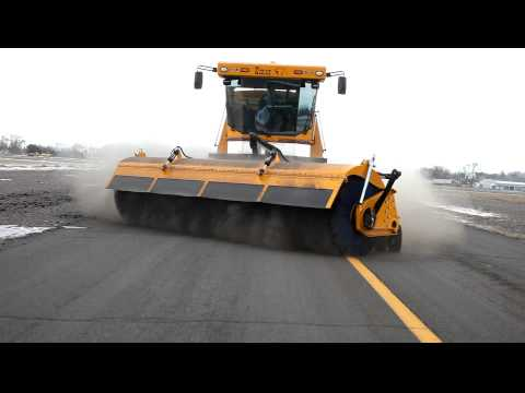Kodiak America Airport Runway Sweeper Broom