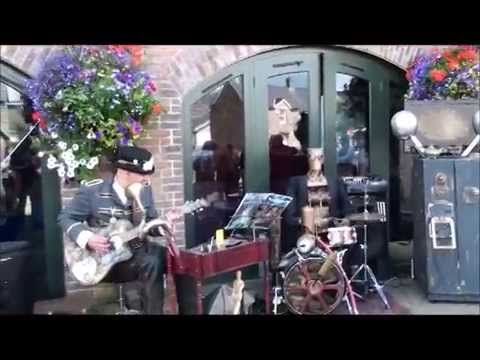 Ichabod Steams Animatronic Band in Brecon