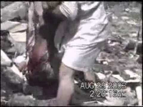 Bomb blast at Imam Ali Shrine- Aug 2003 - Extremely Graphic !
