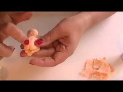 Como hacer un beb con fondant youtube - Como banar a un bebe ...