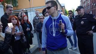 Зоозащитников задержали за акцию у Минспорта