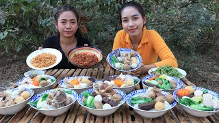 Cooking noodle soup with meatball and vegetable recipe - Cooking skill