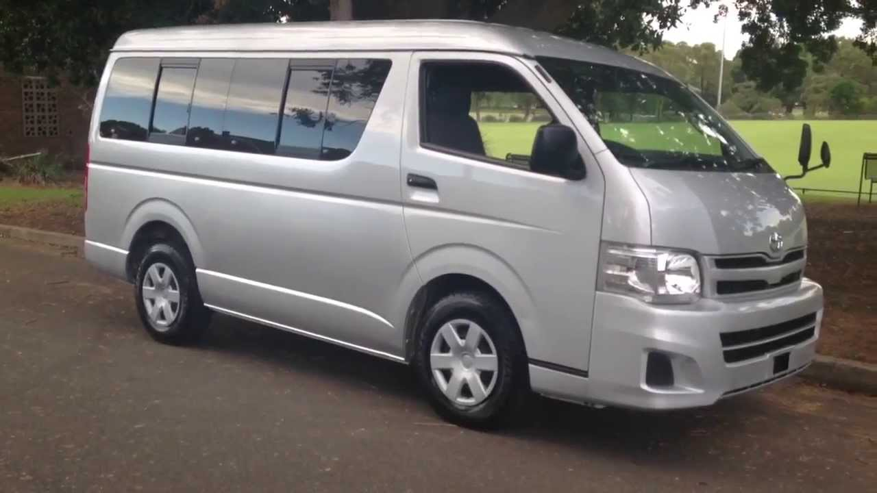 Hiace 10 Seater Low Roof 2011 2 7 Petrol For Sale Edward