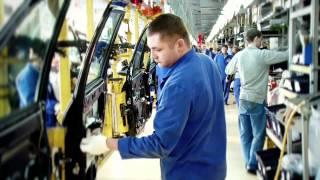 Один день на АвтоВАЗе(ОАО «АвтоВАЗ» - российская автомобилестроительная компания, являющаяся одной из самых крупных в России..., 2012-04-25T14:36:59.000Z)