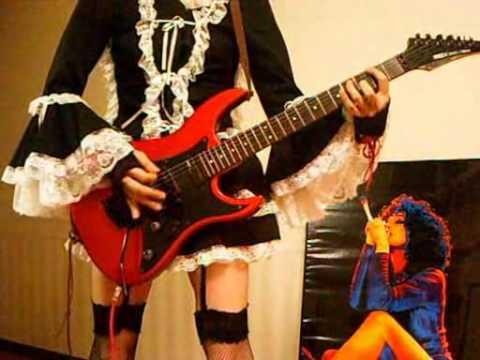Lunatic Tears-彩菜 (ayane) on guitar 11eyes OP
