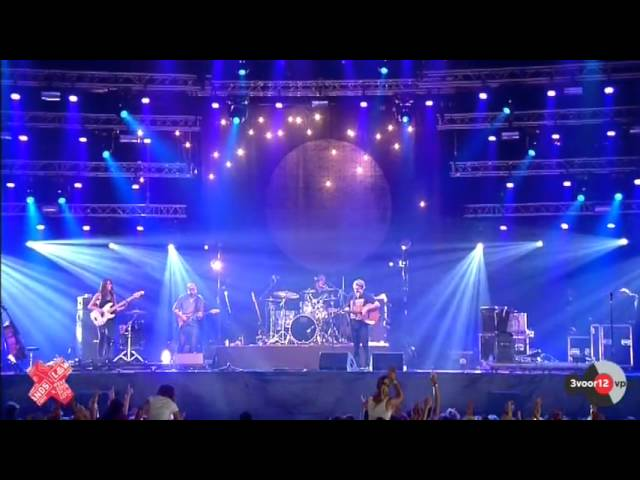 ben-howard-keep-your-head-up-lowlands-2012-a-campingflight-to-lowlands-paradise