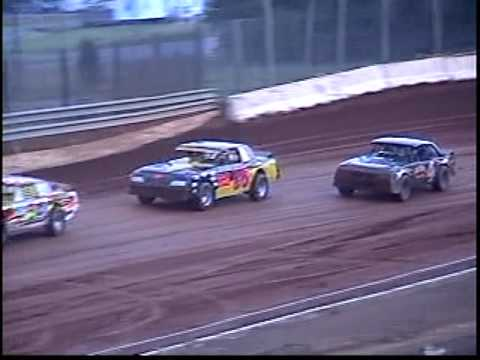 Dirt track racing at I-77 Speedway