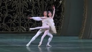 Video ROBERTO BOLLE and Maria Eichwald ~ Lo Schiaccianoci Act 11 pdd download MP3, 3GP, MP4, WEBM, AVI, FLV Agustus 2018