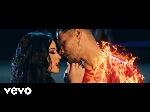 Abraham Mateo, Becky G - Tiempo Pa Olvidar (Official Video)