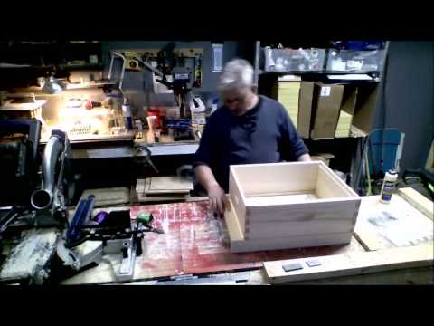 Building a screened bottom board