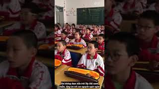 Hợp ca học sinh- Tình ca Tây Hải (西海情歌-降央卓玛 )