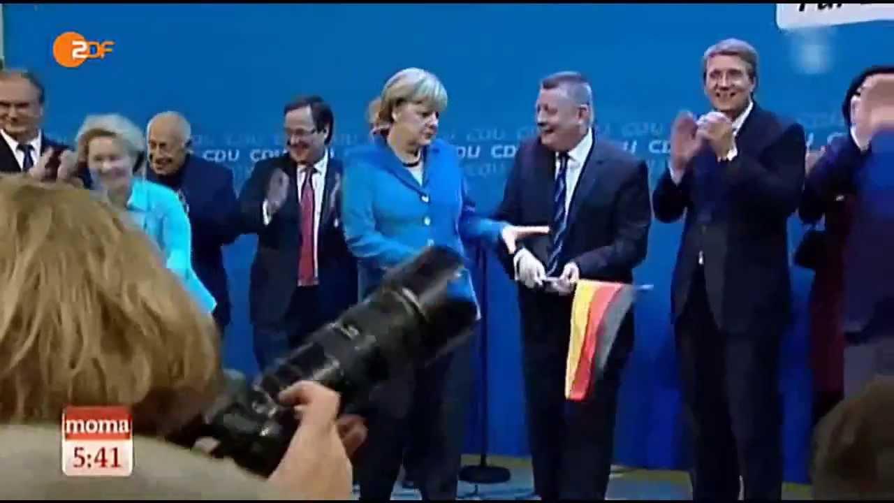 Bildergebnis für merkel gröhe flagge 2013