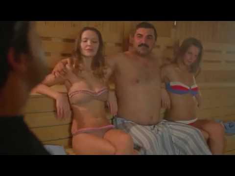 Русские шлюшки оттрахали парня, обкончали на вечеринке