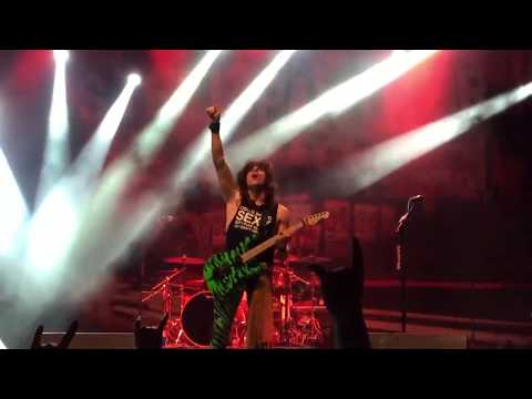 Steel Panther - crazy train (ozzy cover), plus; satchel shreds! (HD)
