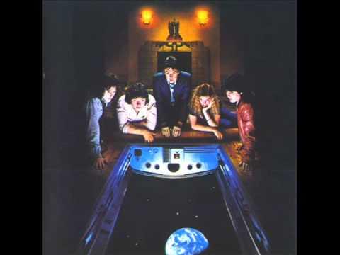 Paul McCartney & Wings - Reception / Getting Closer [Audio