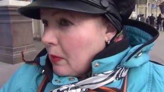 Полиция просит пикетчика НОД отойти на 50 метров от пикета в поддержку Савченко, 19.03.2016, СПб(, 2016-03-19T14:19:56.000Z)