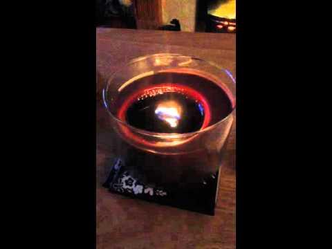 B&M Wood wick candle