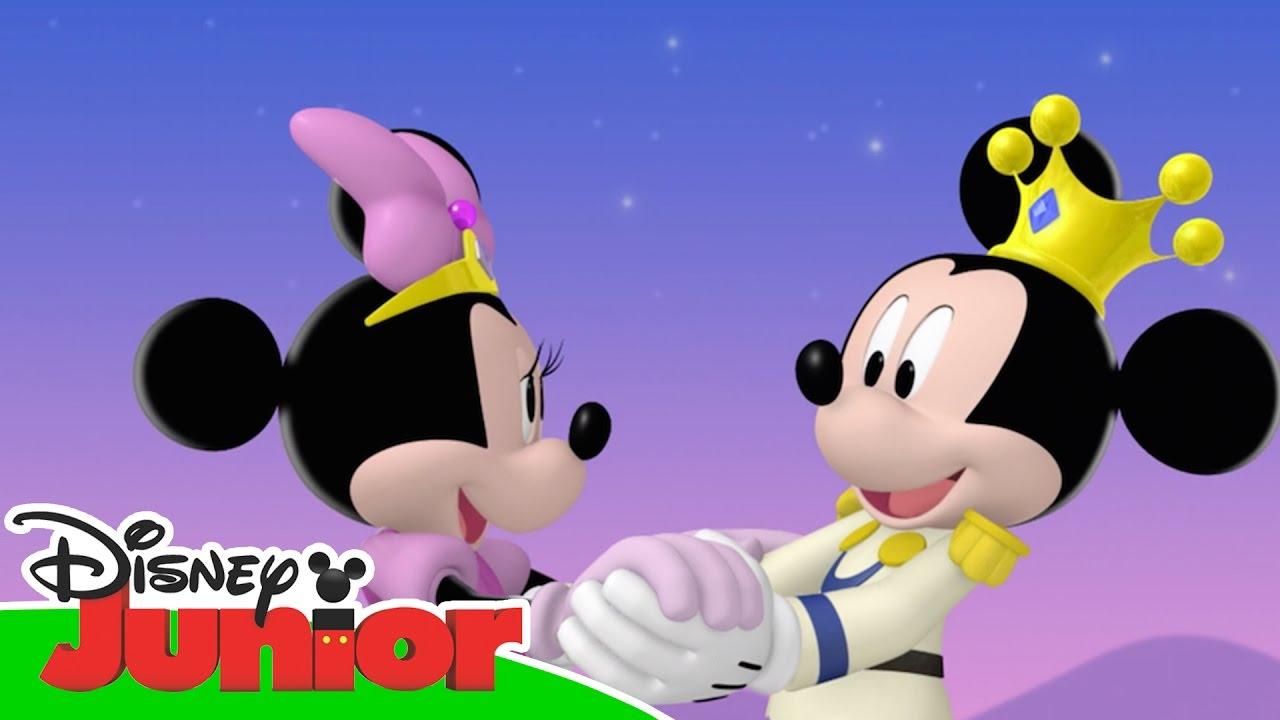 Magical moments la casa di topolino il ballo reale di for La fattoria di topolino