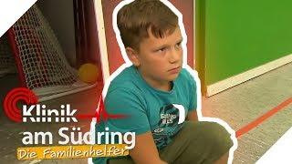 In den Schrank gesperrt worden? Wieso hasst Oskar (8) seine Oma? | Die Familienhelfer | SAT.1