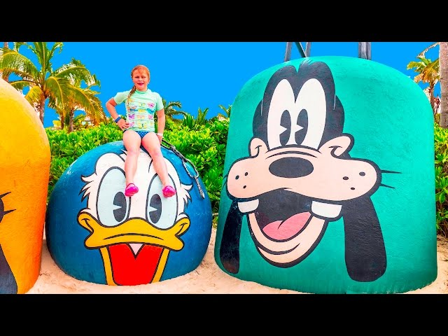ASSISTANT Funny Water Slides on Disney Cruise and Castaway Cay with Pirates and Star Wars