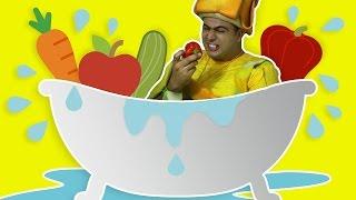 فوزي موزي وتوتي - غسل الخضار -Washing vegetables