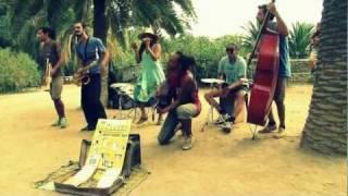 The Mañaners - El reggae de paz y amor / Running in my blood