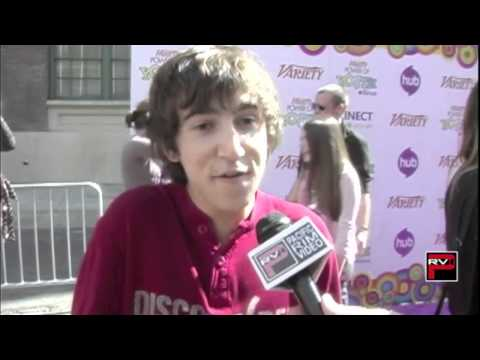 Vincent Martella Of Phineas & Ferb Also Everybody Hates Chris