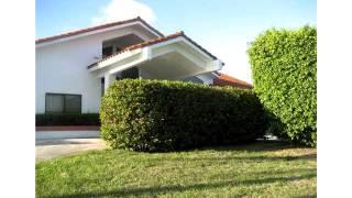 9901 SW 143 ST,Miami,FL 33176 Casa En Venta