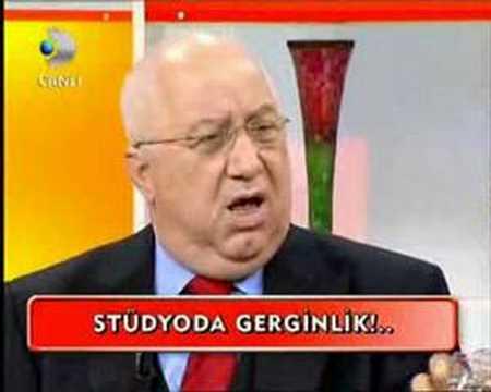 Barbaros Sansal-Erkan Ozerman&Senay Akay'a Verdi Veristirdi!