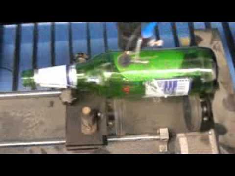 CO2 laser engraving machine works on beer bottle