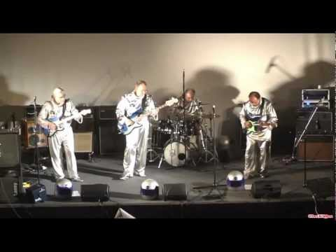 THE SPOTNICKS medley by APOLLO 11  (The Spotnicks french tribute band)