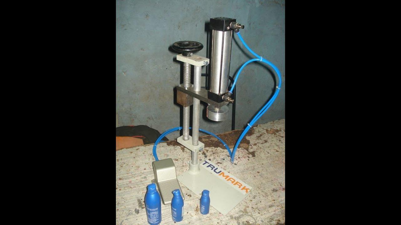 Plug Cap Pressing Machine For Coconut Oil Bottles Mini