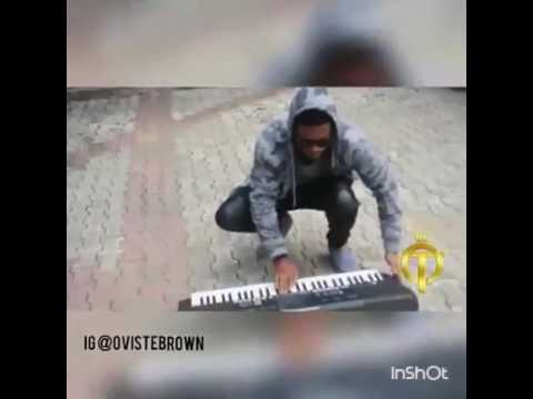 Mad over you by Runtown piano / keybord cover afrobeats